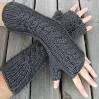 Hand Knit Glove Manufacturers