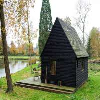 Wooden Cabins Manufacturers
