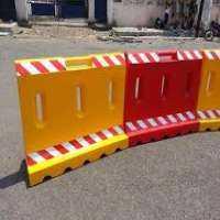 Plastic Barricade Manufacturers