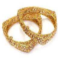 Antique Gold Bangles Manufacturers