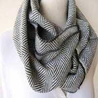羊绒羊毛围巾 制造商