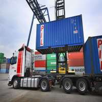 Container Trucking Manufacturers
