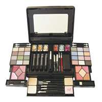 Cosmetic Kit Manufacturers