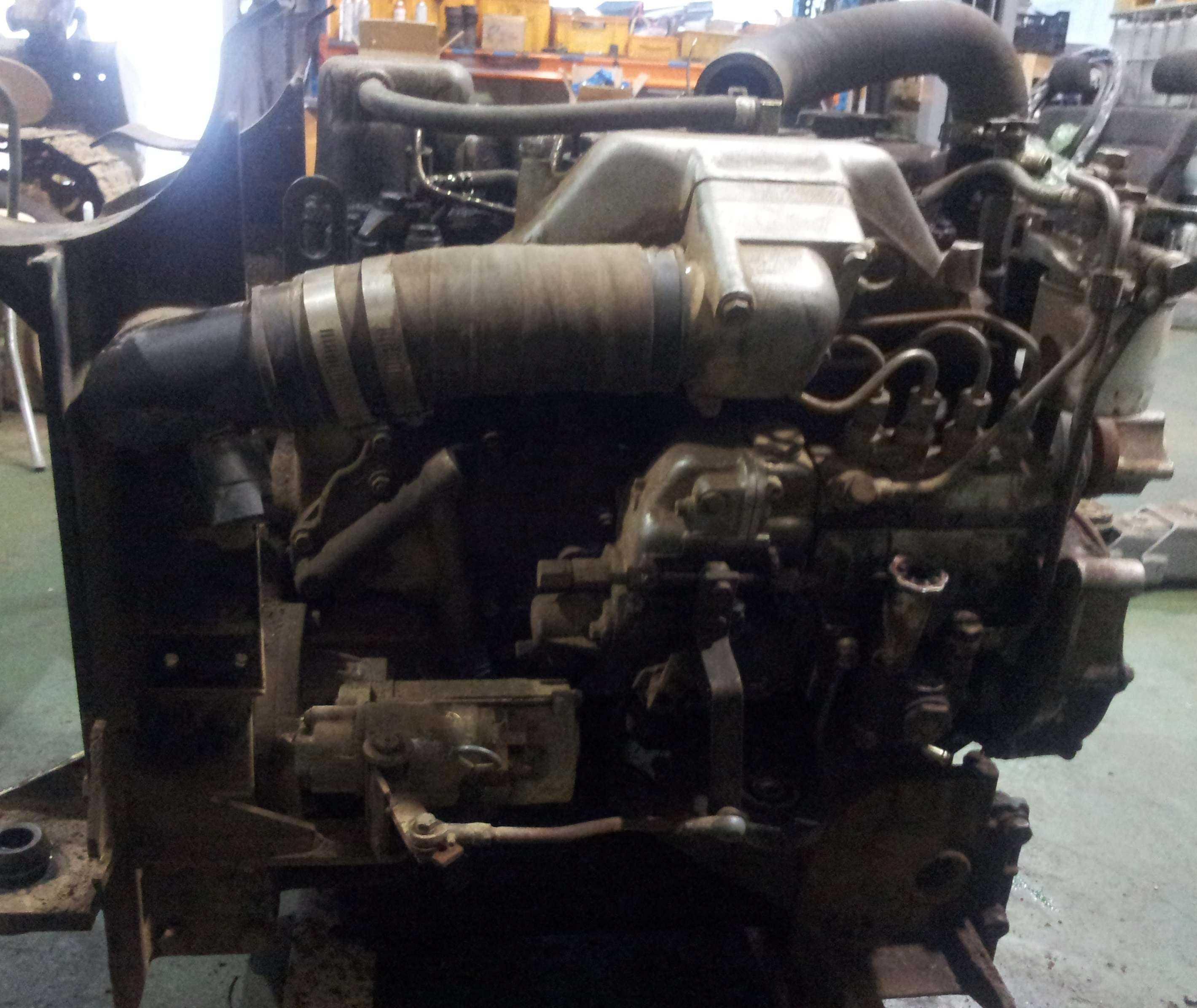 尼桑AL 30二手柴油发动机