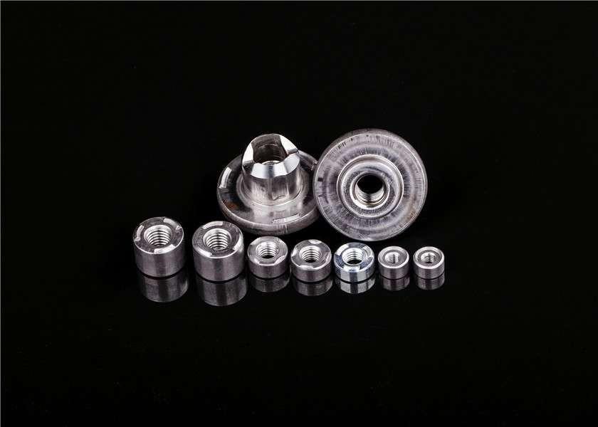 高品质圆形M10 M12 M14 M16焊接螺母制造商