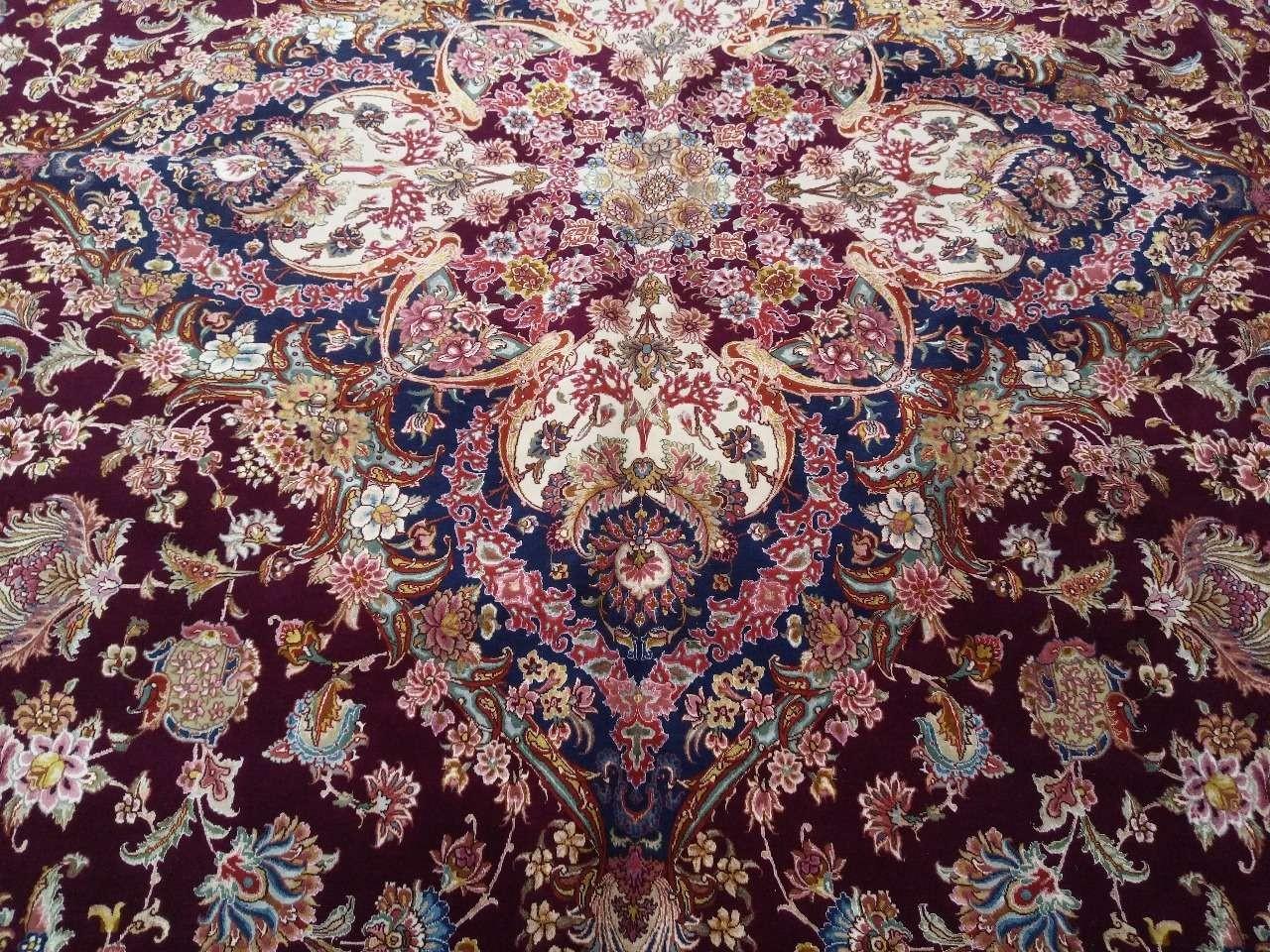 大号大不里士地毯(36.5平方米,丝绸和羊毛)