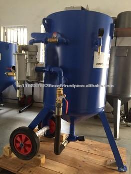 Abrasive sand blasting machine