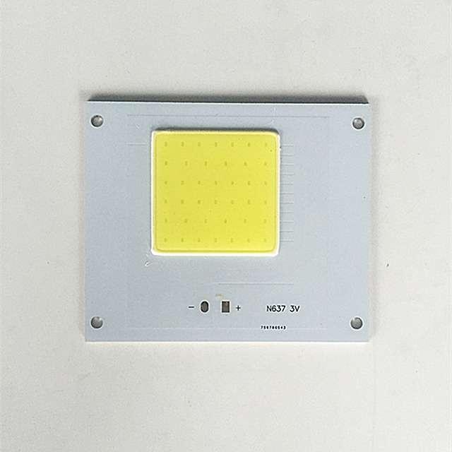 2018新产品2V 3V 1W 5W 60 * 20MM倒装芯片LED Bridgelux Vero 29手电筒