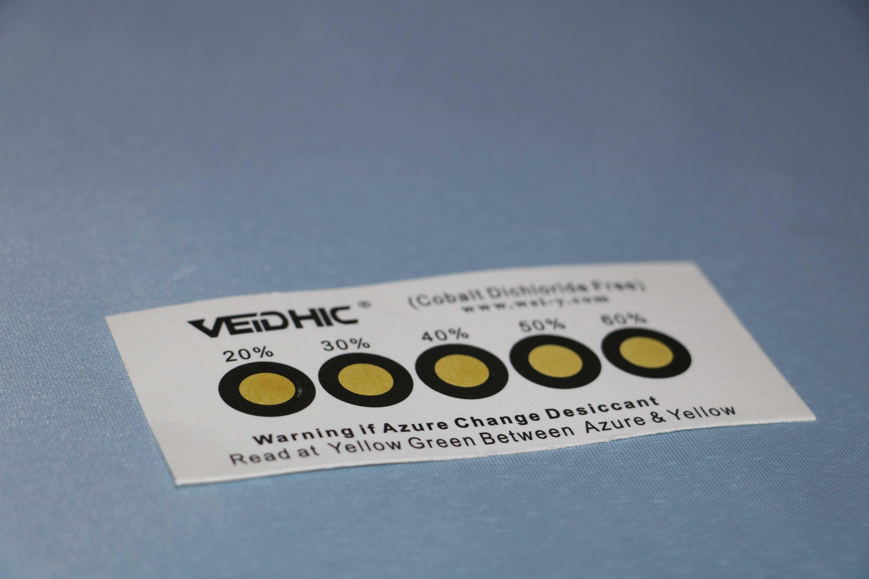 无钴黄色至天蓝色湿度指示卡